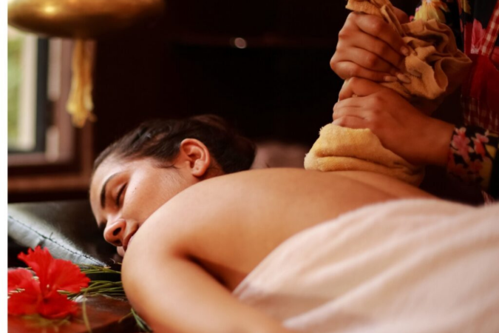 Ayurveda : A Traditional Holistic Medicine & it's Important Healing Herbs